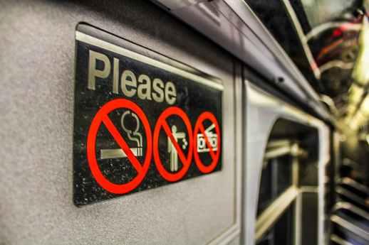 smoking not allowed warning